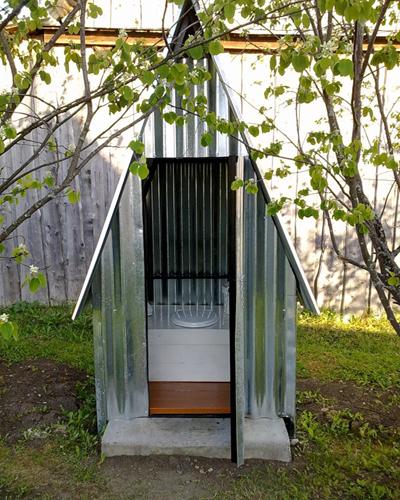 туалет для дачи с выгребной ямой